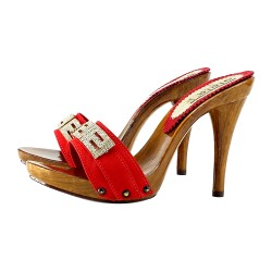 CHAUSSURES AVEC STRASS ROUGE