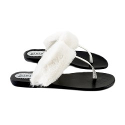 FLAT SANDAL WITH WHITE FUR