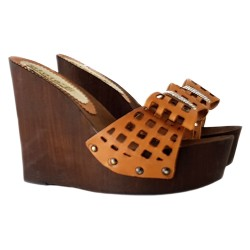 WEDGE LEATHER CLOG