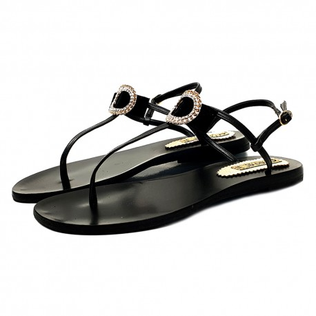 BLACK FLAT SANDALS WITH JEWEL ACCESSORY