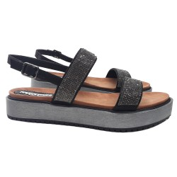 BLACK SANDALS WITH PASTE