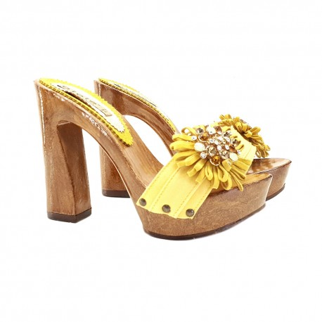 YELLOW CLOGS WITH COMFY HEEL AND JEWEL ACCESSORY