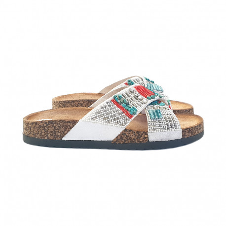 WHITE LOW SANDAL WITH BEADS
