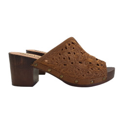 CAMEL CLOGS IN LACE HEEL 6