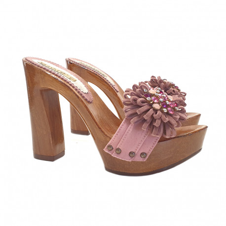 PINK CLOGS WITH COMFY HEEL AND JEWEL ACCESSORY