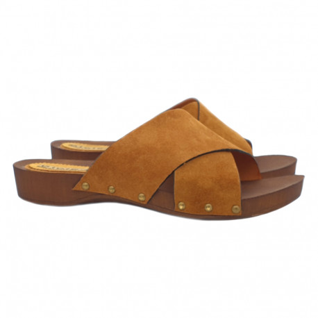 FLAT BROWN CLOGS IN SUEDE