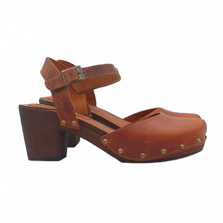 LEATHER HEEL CLOGS WITH ANKLE STRAP